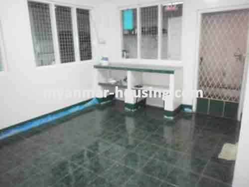 မြန်မာအိမ်ခြံမြေ - ငှားရန် property - No.1336 - N/AView of the kitchen room.