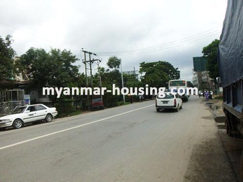 မြန်မာအိမ်ခြံမြေ - ငှားရန် property - No.2373 - ဒေါပုံမြို့နယ်တွင် လုံးချင်းငှားရန်ရှိသည်။View of the road.