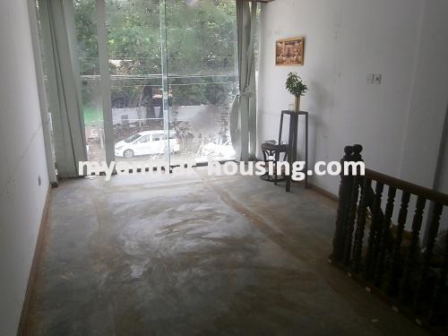 မြန်မာအိမ်ခြံမြေ - ငှားရန် property - No.2533 - N/AView of the upstairs.