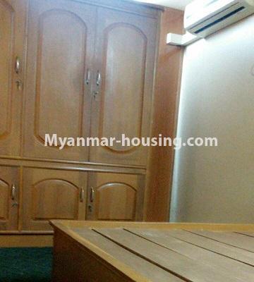မြန်မာအိမ်ခြံမြေ - ငှားရန် property - No.3429 - ဗဟန်းတွင် ပရိဘောဂပါသော တိုက်ခန်းငှားရန်ရှိသည်။bedroom view