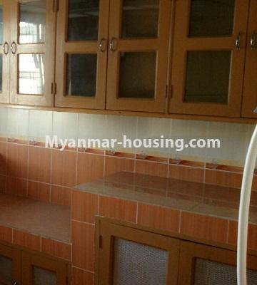 မြန်မာအိမ်ခြံမြေ - ငှားရန် property - No.3429 - ဗဟန်းတွင် ပရိဘောဂပါသော တိုက်ခန်းငှားရန်ရှိသည်။another view of kitchen