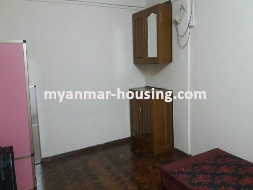 မြန်မာအိမ်ခြံမြေ - ငှားရန် property - No.3697 - ဗိုလ်တစ်ထောင်တွင် တိုက်ခန်းငှါးရန်ရှိသည်။bedroom