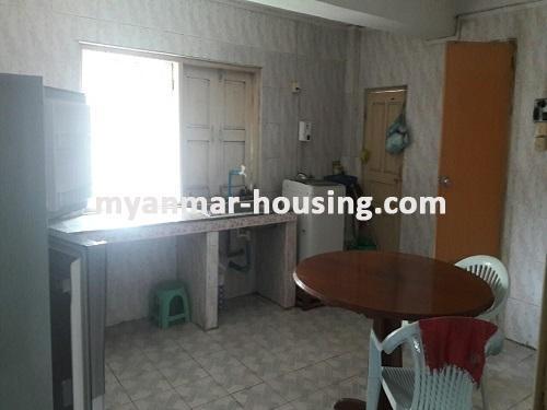 မြန်မာအိမ်ခြံမြေ - ငှားရန် property - No.3697 - ဗိုလ်တစ်ထောင်တွင် တိုက်ခန်းငှါးရန်ရှိသည်။kitchen