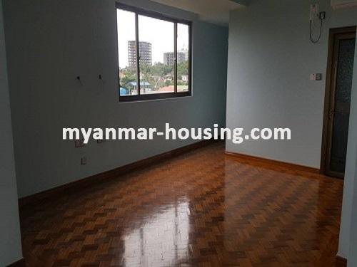 မြန်မာအိမ်ခြံမြေ - ငှားရန် property - No.3731 - မရမ်းကုန်းတွင် လုပ်ငန်းလုပ်ရန်အလွန်ကောင်းမွန််သော လုံးချင်းငှားရန်ရှိသည်။bedroom view