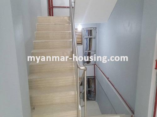 မြန်မာအိမ်ခြံမြေ - ငှားရန် property - No.3731 - မရမ်းကုန်းတွင် လုပ်ငန်းလုပ်ရန်အလွန်ကောင်းမွန််သော လုံးချင်းငှားရန်ရှိသည်။emergency stairs