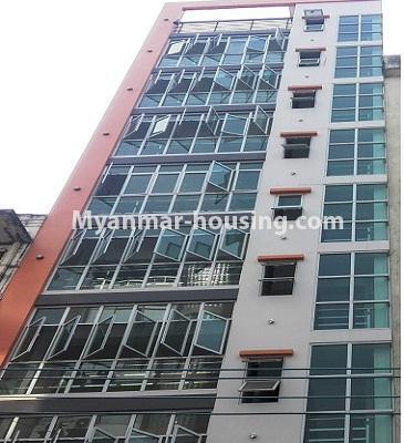 မြန်မာအိမ်ခြံမြေ - ငှားရန် property - No.3885 - လမ်းမတော်မြို့နယ်တွင် ၈ထပ်တိုက် အဆောက်အဦး ဌားရန်ရှိပါသည်။View of the building