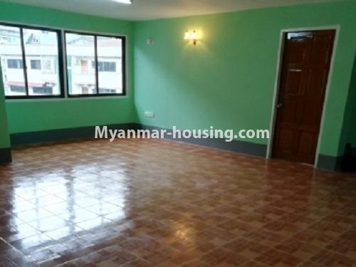 Myanmar real estate - for rent property - No.4034 - Apartment for rent in Bahan! - another view of living room