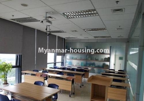 မြန်မာအိမ်ခြံမြေ - ငှားရန် property - No.4085 - Crystal Office Tower တွင် ရုံးခန်းငှားရန်ရှိသည်။office room