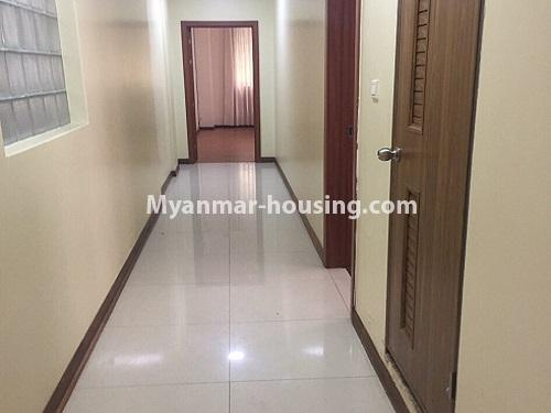 ミャンマー不動産 - 賃貸物件 - No.4100 - A Good Condominium room for rent in Mingalar Taung Nyunt. - hall to kitchen and living room
