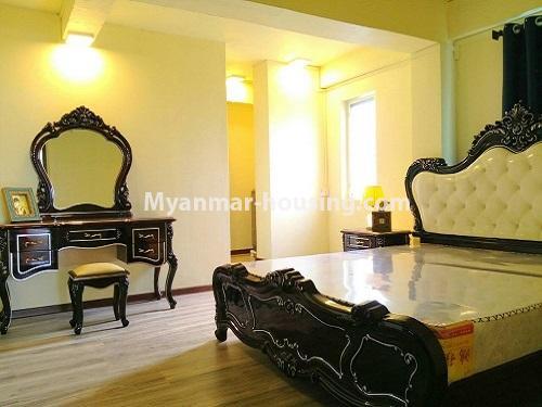 မြန်မာအိမ်ခြံမြေ - ငှားရန် property - No.4172 - တောင်ဥက္ကလာတွင် ကွန်ဒိုတိုက်ခန်းသစ် ငှားရန်ရှိသည်။living room view