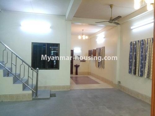 မြန်မာအိမ်ခြံမြေ - ငှားရန် property - No.4181 - တာမွေ ၁၄၇ လမ်းတွင် အိမ်ငှားရန် ရှိသည်။hall of downstairs