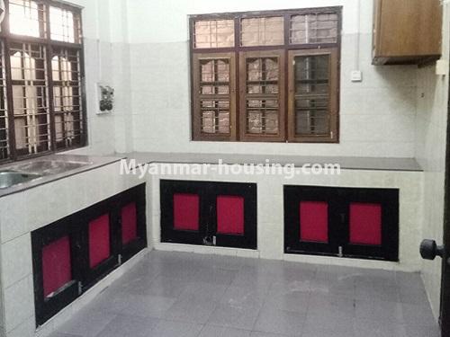 မြန်မာအိမ်ခြံမြေ - ငှားရန် property - No.4181 - တာမွေ ၁၄၇ လမ်းတွင် အိမ်ငှားရန် ရှိသည်။kitchen