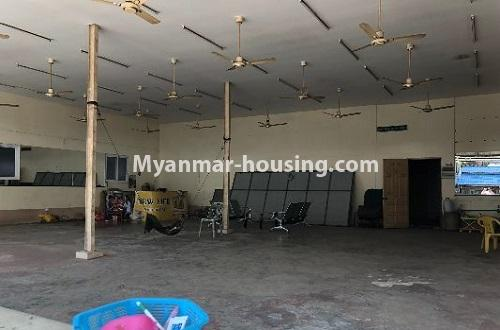 မြန်မာအိမ်ခြံမြေ - ငှားရန် property - No.4204 - တာမွေတွင် ဆိုင်ခန်းငှားရန်ရှိသည်။inside view