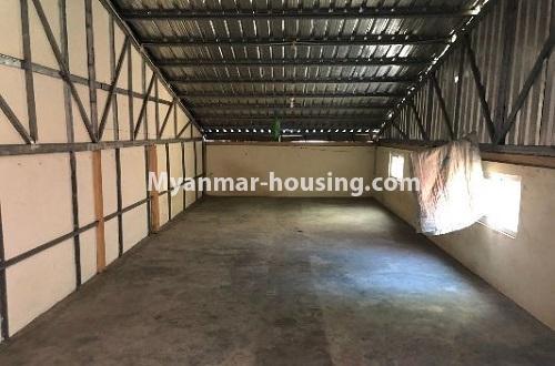 မြန်မာအိမ်ခြံမြေ - ငှားရန် property - No.4204 - တာမွေတွင် ဆိုင်ခန်းငှားရန်ရှိသည်။staff quarter view
