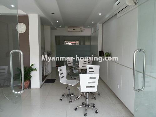 မြန်မာအိမ်ခြံမြေ - ငှားရန် property - No.4205 - ဒေါပုံတွင် ရုံးခန်းငှားရန်ရှိသည်။inside view