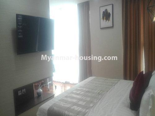 မြန်မာအိမ်ခြံမြေ - ငှားရန် property - No.4232 - ရန်ကုန်မြို့လည်ခေါင်တွင် ကွန်ဒိုခန်းအသစ် ငှားရန်ရှိသည်။bedroom view