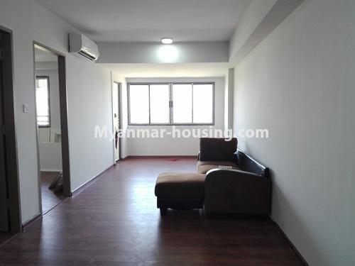 မြန်မာအိမ်ခြံမြေ - ငှားရန် property - No.4287 - အင်းစိန်တွင် ကွန်ဒိုခန်းသစ် ငှားရန်ရှိသည်။living room view