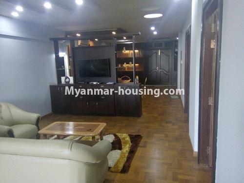 မြန်မာအိမ်ခြံမြေ - ငှားရန် property - No.4304 - မင်္ဂလာတောင်ညွန့်တွင် Green Lake ကွန်ဒိုခန်း ငှားရန်ရှိသည်။living room
