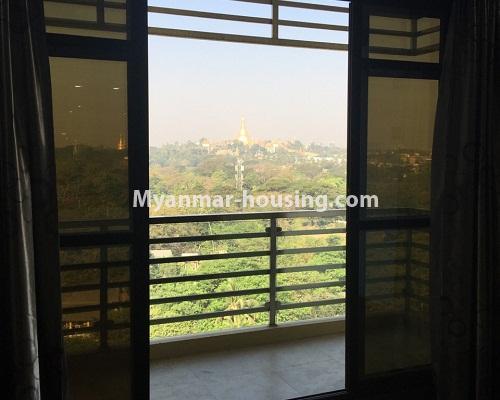 မြန်မာအိမ်ခြံမြေ - ငှားရန် property - No.4304 - မင်္ဂလာတောင်ညွန့်တွင် Green Lake ကွန်ဒိုခန်း ငှားရန်ရှိသည်။balcony