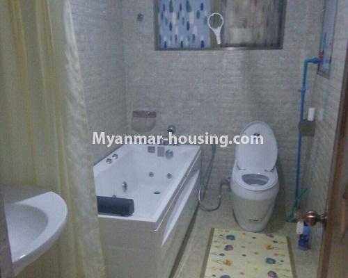 မြန်မာအိမ်ခြံမြေ - ငှားရန် property - No.4304 - မင်္ဂလာတောင်ညွန့်တွင် Green Lake ကွန်ဒိုခန်း ငှားရန်ရှိသည်။bathroom