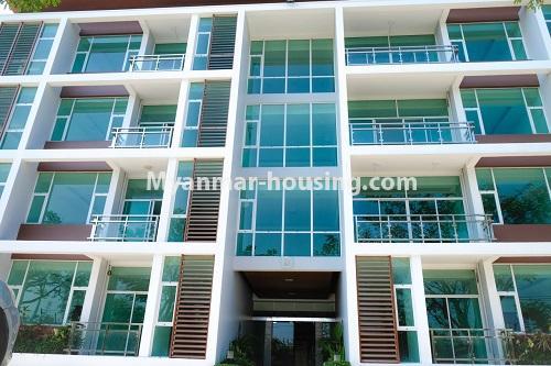 မြန်မာအိမ်ခြံမြေ - ငှားရန် property - No.4324 - မြောက်ဒဂုံတွင် ကွန်ဒိုခန်း အသစ်ငှားရန် ရှိသည်။. building