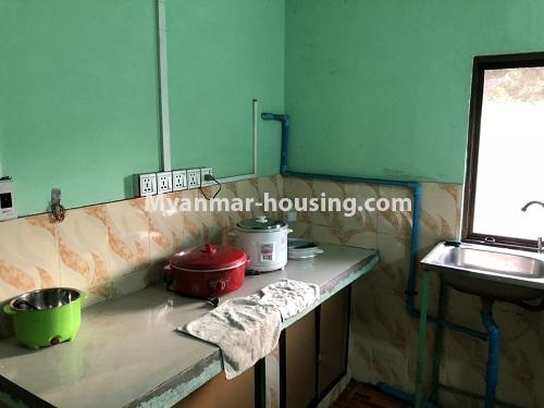 ミャンマー不動産 - 賃貸物件 - No.4331 - Apartment for rent in Hlaing! - kitchen
