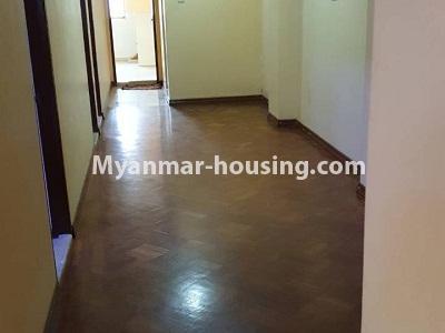 မြန်မာအိမ်ခြံမြေ - ငှားရန် property - No.4336 - ဗိုလ်တစ်ထောင်တွင် တိုက်ခန်းငှားရန် ရှိသည်။corridor