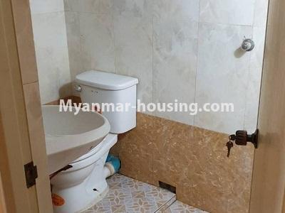 မြန်မာအိမ်ခြံမြေ - ငှားရန် property - No.4336 - ဗိုလ်တစ်ထောင်တွင် တိုက်ခန်းငှားရန် ရှိသည်။toilet