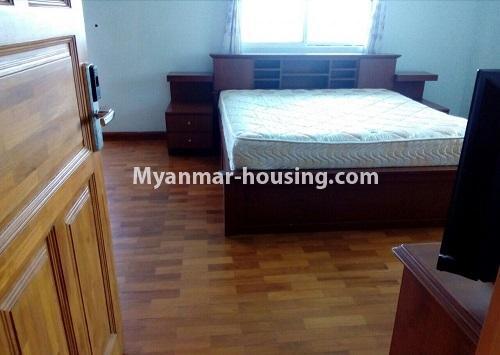 မြန်မာအိမ်ခြံမြေ - ငှားရန် property - No.4367 - မြို့ထဲ မောင်၀ိတ် ကွန်ဒိုတွင် အခန်းငှားရန် ရှိ်သည်။master bedroom 1