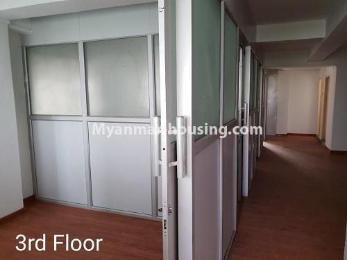 မြန်မာအိမ်ခြံမြေ - ငှားရန် property - No.4376 - ဒေါပုံတွင် ခြောက်ထပ်တိုက် ငှားရန်ရှိသည်။third floor rooms and corridor