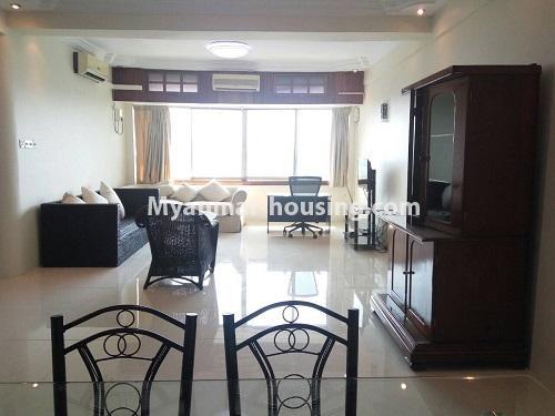 မြန်မာအိမ်ခြံမြေ - ငှားရန် property - No.4399 - တာမွေ ကန်တော်ကြီးဗျူးနှင့် ကွန်ဒိုအခန်းကောင်းကောင်း ငှားရန်ရှိသည်။living room