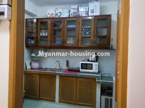 မြန်မာအိမ်ခြံမြေ - ငှားရန် property - No.4399 - တာမွေ ကန်တော်ကြီးဗျူးနှင့် ကွန်ဒိုအခန်းကောင်းကောင်း ငှားရန်ရှိသည်။kitchen