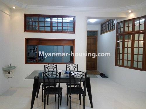 မြန်မာအိမ်ခြံမြေ - ငှားရန် property - No.4399 - တာမွေ ကန်တော်ကြီးဗျူးနှင့် ကွန်ဒိုအခန်းကောင်းကောင်း ငှားရန်ရှိသည်။dining area