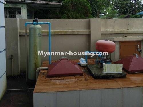 မြန်မာအိမ်ခြံမြေ - ငှားရန် property - No.4403 - သန်လျင်တွင် ပြင်ဆင်ပြီး အိမ်ငှားရန်ရှိသည်။ water tank and water fiter