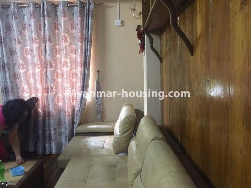 မြန်မာအိမ်ခြံမြေ - ငှားရန် property - No.4410 - မြောက်ဒဂုံတွင် ပရိဘောဂပါပြီး တိုက်ခန်းငှားရန် ရှိသည်။another living room view