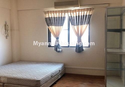 မြန်မာအိမ်ခြံမြေ - ငှားရန် property - No.4411 - မင်္ဂလာတောင်ညွန့် မောင်၀ိတ်ကွန်ဒိုတွင် အခန်းငှားရန်ရှိသည်။master bedroom