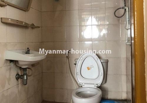 မြန်မာအိမ်ခြံမြေ - ငှားရန် property - No.4411 - မင်္ဂလာတောင်ညွန့် မောင်၀ိတ်ကွန်ဒိုတွင် အခန်းငှားရန်ရှိသည်။bathroom