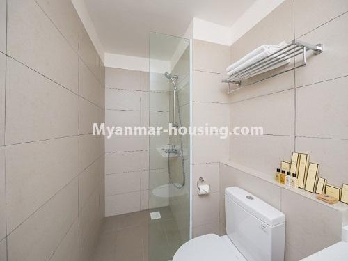 ミャンマー不動産 - 賃貸物件 - No.4426 - Luxurious condominium room with full facilities near Myanmar Plaza, Yankin! - bathroom 2