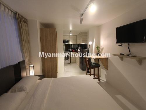 မြန်မာအိမ်ခြံမြေ - ငှားရန် property - No.4440 - ရန်ကုန် မြို့လည်ခေါင် ဒဂုံတွင် ၀န်တောင်မှုအပြည့်ပေးသော တစ်ယောက်နေခန်း တစ်ခန်းငှားရန်ရှိသည်။the whole room view