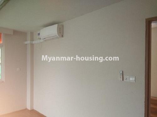 မြန်မာအိမ်ခြံမြေ - ငှားရန် property - No.4445 - မြောက်ဒဂုံဘောဂလမ်းတွင် သုံးထပ်တိုက်လုံးချင်းတစ်လုံး ငှားရန်ရှိသည်။bedroom