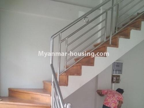 မြန်မာအိမ်ခြံမြေ - ငှားရန် property - No.4445 - မြောက်ဒဂုံဘောဂလမ်းတွင် သုံးထပ်တိုက်လုံးချင်းတစ်လုံး ငှားရန်ရှိသည်။stairs to upstairs