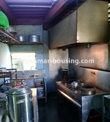 မြန်မာအိမ်ခြံမြေ - ငှားရန် property - No.4452 - တောင်ဒဂုံစက်မှုဇုံ ( ၃ )တွင် စီးပွားရေး လုပ်ငန်းရင်းနှီး မြုပ်နံရန်အတွက် အိမ်ငှားရန်ရှိသည်။kitchen
