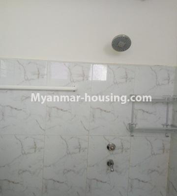 မြန်မာအိမ်ခြံမြေ - ငှားရန် property - No.4453 - ဗိုလ်တစ်ထောင် Time Square တွင် အိပ်ခန်းနှစ်ခန်းနှင့် ကွန်ဒိုခန်းငှားရန် ရှိသည်။bathroom
