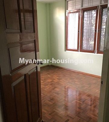 မြန်မာအိမ်ခြံမြေ - ငှားရန် property - No.4455 - သင်္ဃန်းကျွန်း ဆိတ်ငြိမ်ပြီး ပတ်ဝန်းကျင်ကောင်းကောင်းတွင် လုံးချင်းငှားရန်ရှိသည်။master bedroom