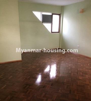 မြန်မာအိမ်ခြံမြေ - ငှားရန် property - No.4455 - သင်္ဃန်းကျွန်း ဆိတ်ငြိမ်ပြီး ပတ်ဝန်းကျင်ကောင်းကောင်းတွင် လုံးချင်းငှားရန်ရှိသည်။living room