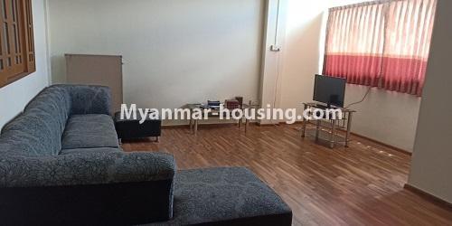 မြန်မာအိမ်ခြံမြေ - ငှားရန် property - No.4458 - မြို့ထဲ ပရိဘောဂပါသည့် ကွန်ဒိုခန်း ငှားရန်ရှိသည်။ living room