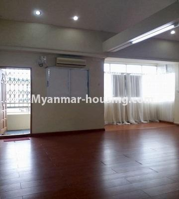 Myanmar real estate - for rent property - No.4462 - Furnished condominium room for rent in Downtown! - living room