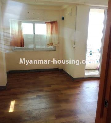 မြန်မာအိမ်ခြံမြေ - ငှားရန် property - No.4463 - လှိုင်မြို့နယ် အင်းစိန်လမ်းမအနီးတွင် တိုက်ခန်းငှားရန်ရှိသည်living room
