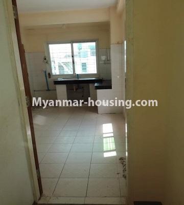 မြန်မာအိမ်ခြံမြေ - ငှားရန် property - No.4463 - လှိုင်မြို့နယ် အင်းစိန်လမ်းမအနီးတွင် တိုက်ခန်းငှားရန်ရှိသည်kitchen