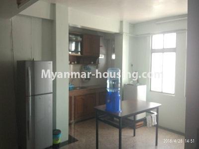 မြန်မာအိမ်ခြံမြေ - ငှားရန် property - No.4472 - စမ်းချောင်းတွင် ဈေးနှုန်းသင့်တော်သော ပရိဘောဂပါပြီး ကွန်ဒိုခန်း ငှားရန်ရှိသည်။dining area